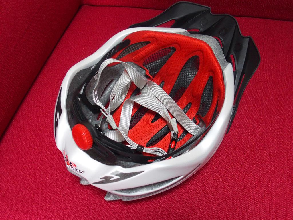 「キノコになりにくい初心者用ヘルメット」を買ってもらいました<OGK KABUTO>4