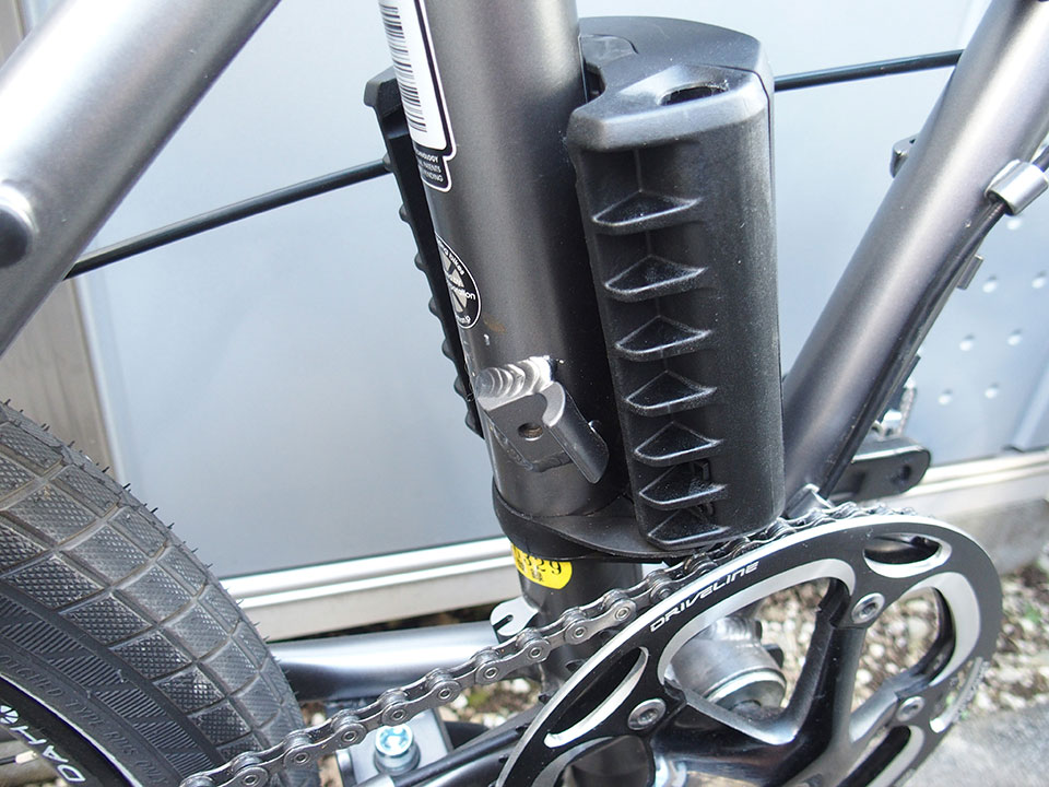 スポーツバイク(クロスバイク)・折り畳み自転車にチャイルドシートを取り付け<THULE(スーリー) Ride Along >3DAHON Horize (ダホン ホライズ)